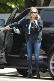 Ashley Benson seen for the first time after rumored split from Cara Delevingne in Los Angeles 2020/05/09 9