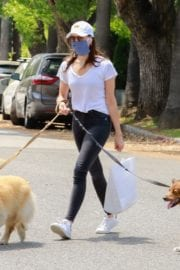 Aubrey Plaza walks with her dogs to the Pet Store in Los Feliz 2020/05/09 1