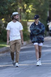 Abby Champion and Patrick Schwarzenegger Out in Pacific Palisades 2020/06/17 9
