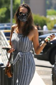 Alessandra Ambrosio at Dermacare Facial Clinic Spa in Woodland Hills 2020/06/04 9