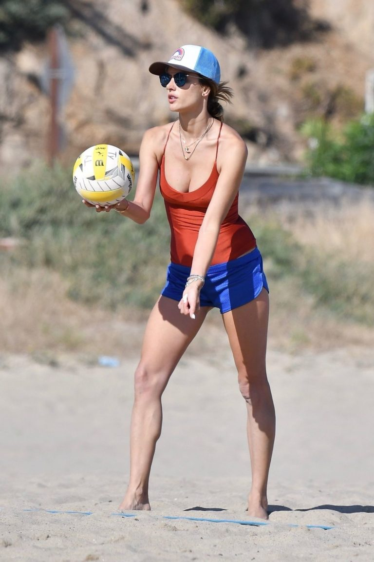 Alessandra Ambrosio in Swimsuit Playing Volleyball at a Beach 2020/06/21 9