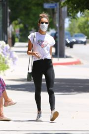 Alessandra Ambrosio Leaves a Gym in Brentwood 2020/06/15 15