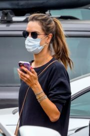 Alessandra Ambrosio Out Shopping in Los Angeles 2020/06/20 8