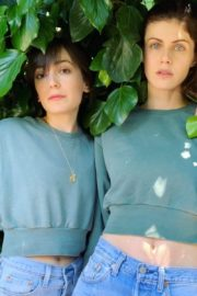Alexandra Daddario and Kate Easton in Matching Outfits 2020/05/25 3