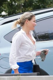 Ali Larter Out Shopping in Hollywood 2020/06/18 14