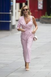 Amanda Holden Leaves Global Radio in London 2020/06/03 1
