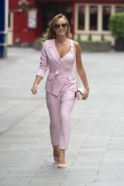 Amanda Holden Leaves Global Radio in London 2020/06/03 3