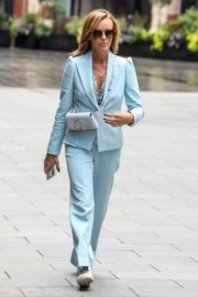 Amanda Holden Leaves Global Studios in London 2020/06/05 1