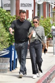 Ana de Armas and Ben Affleck at Brentwood Country Mart 06/20/2020 7