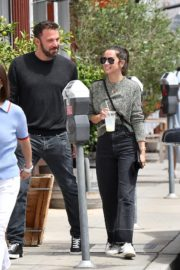 Ana de Armas and Ben Affleck at Brentwood Country Mart 06/20/2020 11