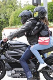 Ana de Armas and Ben Affleck on His Motorcycle Out in Los Angeles 2020/06/02 1