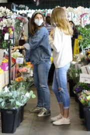 Ana de Armas in Double Denim Out Shopping in Los Angeles 2020/06/05 1