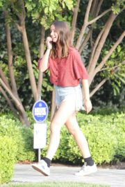 Ana De Armas seen in Beautiful Top and Denim Out in Brentwood 2020/06/04 1