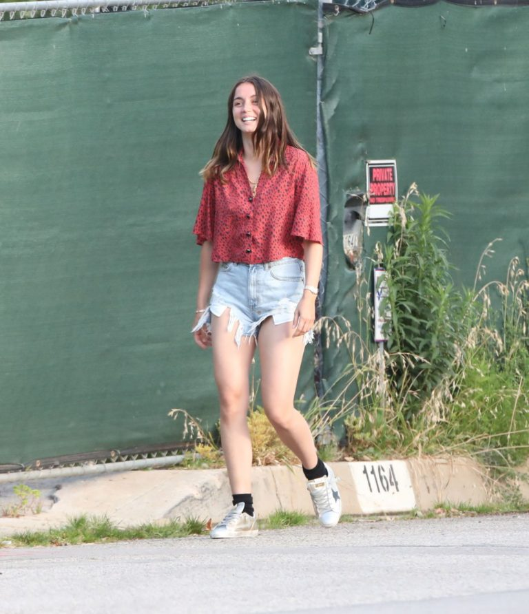Ana De Armas seen in Beautiful Top and Denim Out in Brentwood 2020/06/04 2