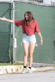 Ana De Armas seen in Beautiful Top and Denim Out in Brentwood 2020/06/04 3