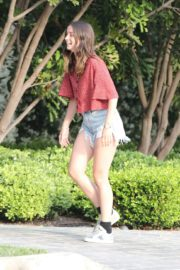 Ana De Armas seen in Beautiful Top and Denim Out in Brentwood 2020/06/04 6