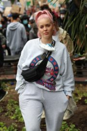 Anne-Marie at Black Lives Matter Protest in London 2020/06/03 1