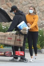 April Love Geary Out Shopping in Malibu 2020/06/18 4