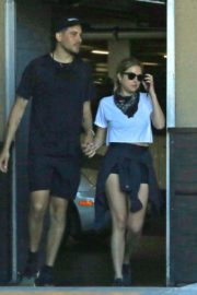 Ashley Benson and G-Eazy Out Shopping in Los Angeles 2020/06/13 5