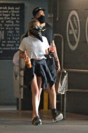 Ashley Benson and G-Eazy Out Shopping in Los Angeles 2020/06/13 8