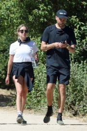 Ashley Benson and G-Eazy Out Shopping in Los Angeles 2020/06/13 13