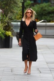 Ashley Roberts Arrives at Global Offices in London 2020/06/08 13