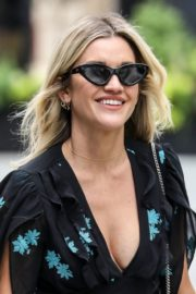 Ashley Roberts flashes her legs outside Heart FM Radio in London 2020/06/04 6