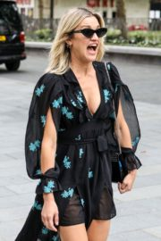 Ashley Roberts flashes her legs outside Heart FM Radio in London 2020/06/04 10