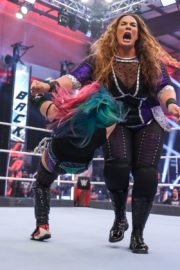 Asuka vs. Nia Jax at WWE Raw Women's Championship Match 2020/06/15 17