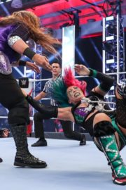 Asuka vs. Nia Jax at WWE Raw Women's Championship Match 2020/06/15 18