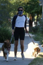 Aubrey Plaza Out with Her Dogs in Los Feliz 2020/06/11 6