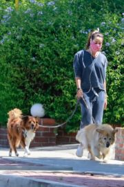 Aubrey Plaza Out with Her Dogs in Los Feliz 2020/06/14 7