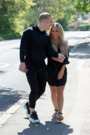 Bianca Gascoigne and Kris Boyson Out in Gravesend 2020/06/15 3
