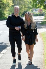 Bianca Gascoigne and Kris Boyson Out in Gravesend 2020/06/15 9