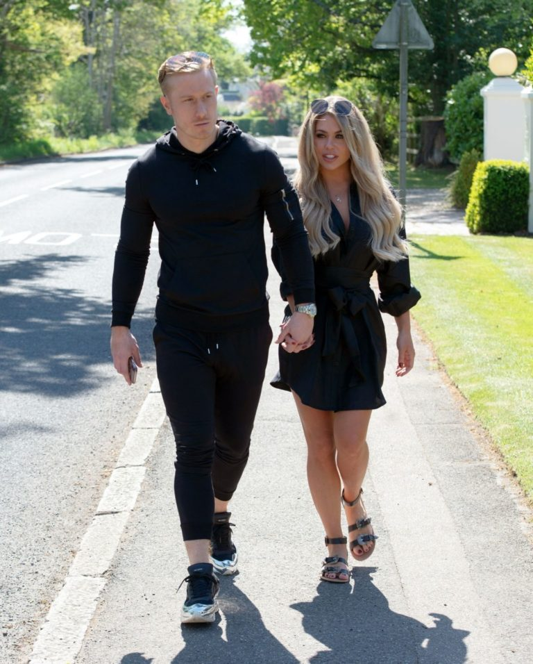 Bianca Gascoigne and Kris Boyson Out in Gravesend 2020/06/15 10
