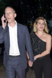 Billie Piper and Laurence Fox Arrives at Glamour Awards in London 2020/06/08 1