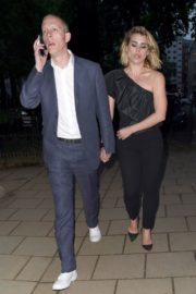 Billie Piper and Laurence Fox Arrives at Glamour Awards in London 2020/06/08 5