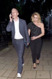 Billie Piper and Laurence Fox Arrives at Glamour Awards in London 2020/06/08 7