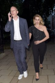 Billie Piper and Laurence Fox Arrives at Glamour Awards in London 2020/06/08 8
