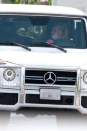 Britney Spears Driving Out in Thousand Oaks 2020/06/19 2