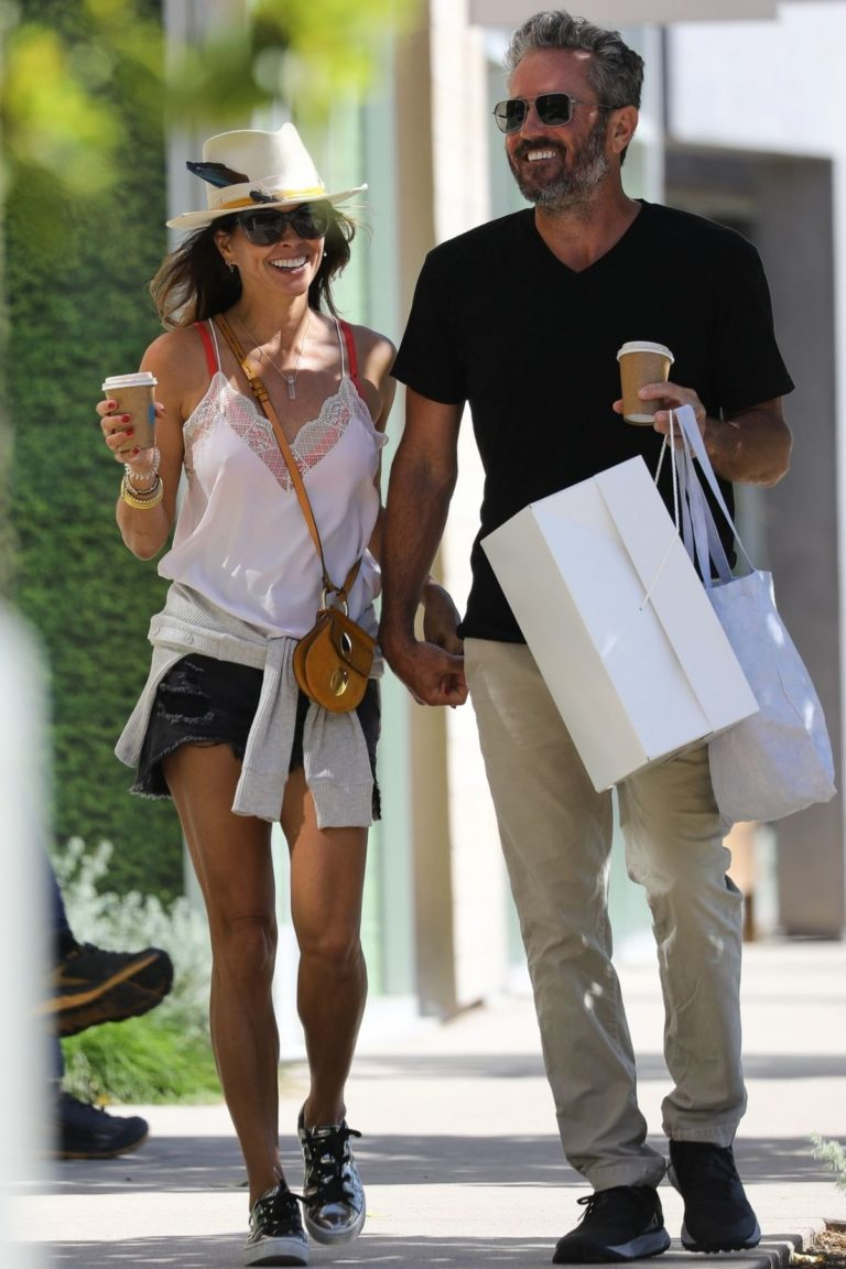 Brooke Burke and David Charvet Out in Malibu 2020/06/13 14