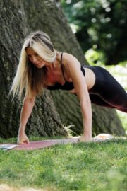 Caprice Bourret Live Streaming Her Online Yoga Classes From a Park in London 06/13 5
