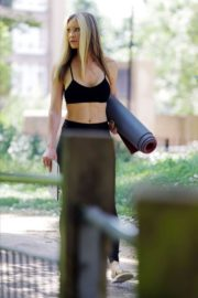 Caprice Bourret Live Streaming Her Online Yoga Classes From a Park in London 06/13 9