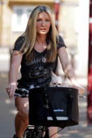 Caprice Bourret Out Riding a Bike in London 2020/06/02 6