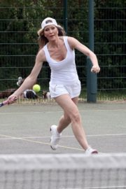 Caprice Bourret Playing Tennis in London 2020/06/05 7