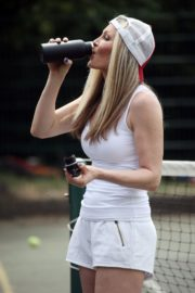 Caprice Bourret Playing Tennis in London 2020/06/05 8