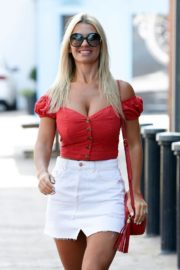 Christine McGuinness at a Post Office in Wilmslow 2020/06/01 6