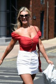 Christine McGuinness at a Post Office in Wilmslow 2020/06/01 10