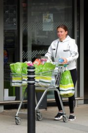 Coleen Rooney Shopping at Waitrose Supermarket in Cheshire 2020/06/09 3