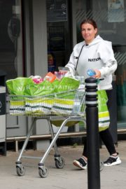 Coleen Rooney Shopping at Waitrose Supermarket in Cheshire 2020/06/09 6